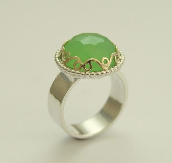 Sterling Silver Ring, silver gold ring, Victorian ring, green jade ring, gemstone ring, gold crown ring, statement ring - Royalty R1260