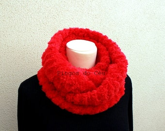 Knitted Neckwarmer in Red - Winter Fashion - Handmade by T. Catana - Gift for Her - Ready to Ship