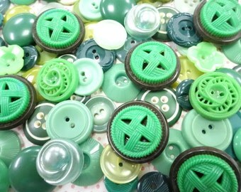 Vintage Sewing Buttons Mix Lot Collection Shades Of Green Theme Seamstress Scrapbooking Embellishment