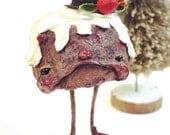 Ooak Spun Cotton, Anthropomorphic, Christmas Pudding, Christmas Dessert, Art Doll, Christmas Decor