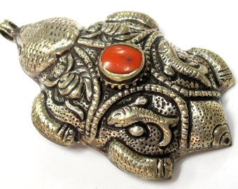 OOAK - Gorgeous large Tibetan Silver Turtle shape carving repousse pendant with coral inlay  - PM498D