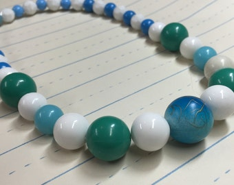 Chunky Blue and Green Bead Mod Necklace - Bubblegum Necklace - Photo Prop - Girls Photo Prop - AnniPalooza  R77