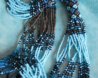 Beaded necklace turquoise sead beads