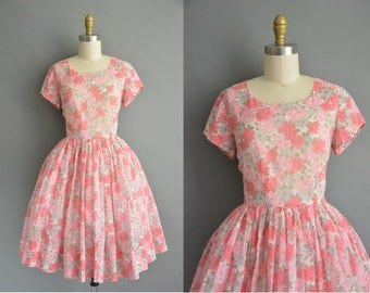 50s pink and gray floral print vintage cotton dress / vintage 1950s dress