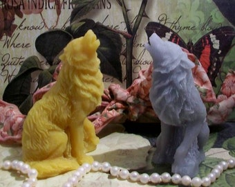 Beeswax Howling Wolf Candle Gray Wolf Choice of Color Free USA Shipping
