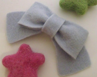 Felt hair clip -No slip -Wool felt -classic bow -silver grey (pick size and colour)