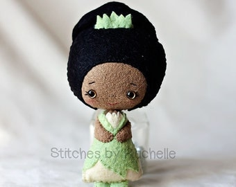 "4-3/4"" Tiana Felt Doll - Made to Order - Disney Handmade Miniature Doll - Fairy Tale Doll - Disney Princess Doll - Gingermelon Doll"