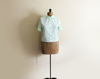 vintage blouse 1950s clothing shirt light green size s m small medium