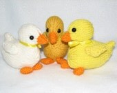 Duckling - Duck - Hand knit - in White or Gold or Yellow Wool - RTG - Amigurumi Duckling