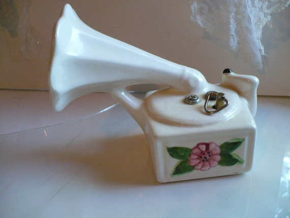 Music Box Gift, Music Box, Victrola Music Box, The Sound of Music, Von Trapp Family,