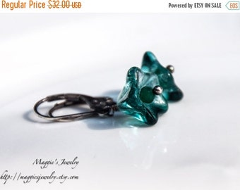 ON SALE Teal blue glass earrings with green onyx in oxidized sterling silver, Flower glass earrings, Drop, Summer Fashion
