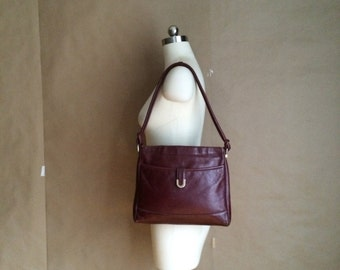 1970's vintage leather handbag / shoulder bag / purse / boho bohemian
