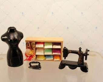 Miniature Dollhouse Singer Sewing Machine Embroidery Yarn Box Clothes Iron Dress Form Dollhouse Sewing Room