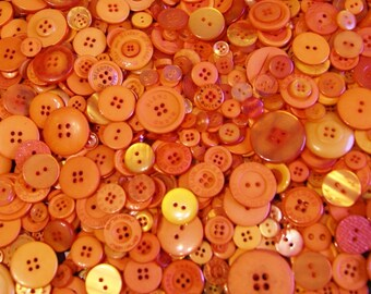 100 Orange Buttons, Deep Orange Buttons, Assorted sizes Sewing,Crafting Buttons (1535)