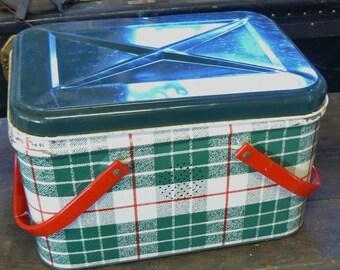vintage green plaid picnic basket tin