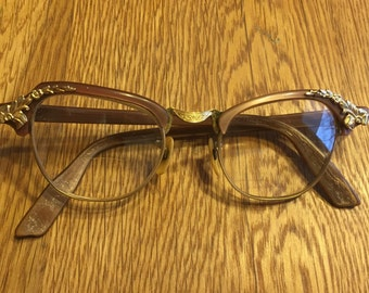 Ornate Vintage Ladies Cat-eye Glasses