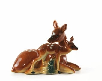 Vintage Deer Figurine, Deer Baby and Mother, Ceramic Animal Figurine, Spotted Deer