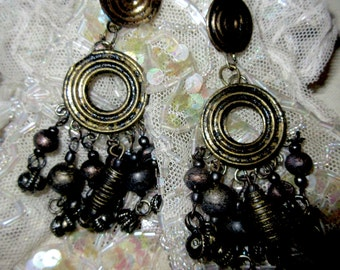 1960s Metal Dangling Bead Earrings,Stunning