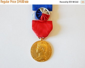 SALE 20% french service medal