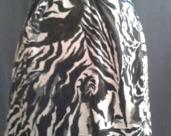 Velvet Mini skirt with tiger print