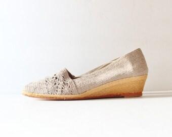 50% half off sale // Beige Crochet Wedge Espadrille Summer Shoe - Evan Picone Vintage 80s Dead Stock NOS - Women 7 Narrow