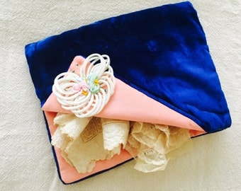 Vintage navy blue velvet hankie keeper/Pink ribbonwork flowers