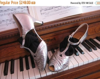 SUMMER SALE 30s PEEP Toe T Strap vtg Cutout Cut Out Silver Leather England Mary Jane Heels Pumps Shoes Art Deco 8.5 8 1/2 1930s