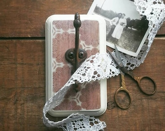 Wall Hook Made With an Antique Metal Hook, Shabby Chic Jewelry Organizer, Necklace Holder, Vintage Home Decor