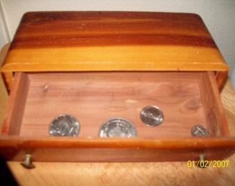 Wooden Dresser/Handkerchief/Jewlery Box with removable drawer  L@@K!!