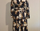 Fall Special Late 80s Long Sleeve Maxi Dress, Abstract Print, Navy and Cream, Size 36 Bust, #59832