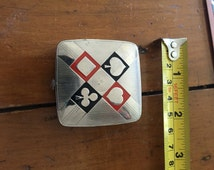 Art Deco Vintage compact by Richard Hudnut with a diamond, heart, spade and club Made in USA
