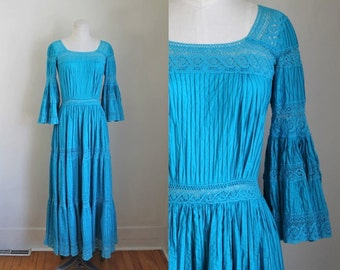 vintage 1960s mexican wedding dress - TURQUESA blue crochet lace dress / S