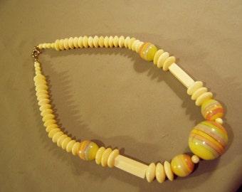 Vintage 1970s Bone Ceramic Bead Necklace Boho Hippie Ethnic Tribal  8680