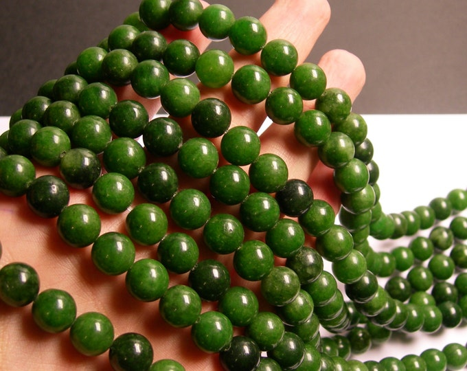 Jade - 10 mm round beads -1 full strand - 39 beads - color - green Jade - RFG730