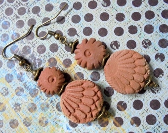 Rustic Terra Cotta Ethnic Earrings (2915)