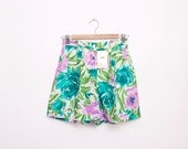 Dead stock 90s Vintage Shorts floral high waist