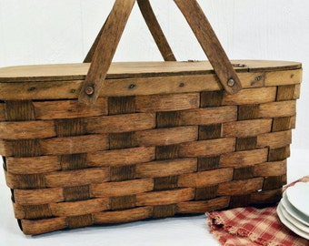 Vintage Woven Wood Picnic Basket - hinged lid and swivel handles - Farmhouse Decor