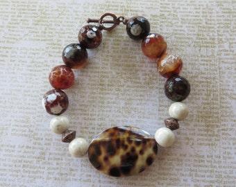 Leopard Print Shell Brown Agate And Fossil Jasper Beaded Bracelet