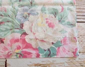 Vintage Pillowcase / Pink & Cream Floral Print / Vintage Bedding / Linens