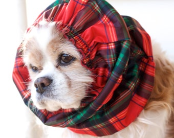Red Christmas Plaid Waterproof Dog Snood,  Stay-Put 3 Rows Elastic Thread, Long Ear Coverup, Holiday Pet Snood