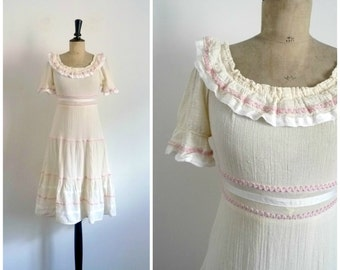 Vintage 70's Midi Dress Cotton Crepon Ecru Ruffles and Croquets / 1970 Romantic Bohemian Shabby Chic Beige Summer Dress  / Small