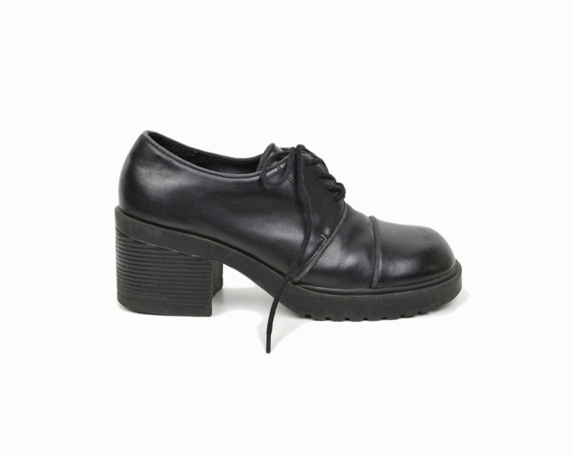vintage 90s black platform oxford shoes vegan leather shoes