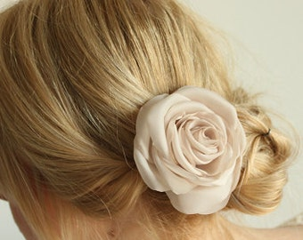 Beige flower, bridal hair clip, wedding hair accessories, nude/sand flower