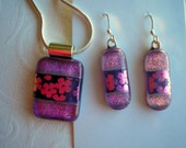 Purple Flowered Dichroic Glass Set Earrings and Matching Pendant Purple Jewelry Fused Dichroic Glass Jewelry Iridescent Dichro Light Purple