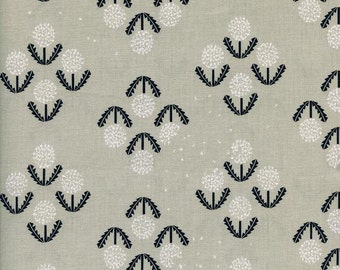 Black White and Grey Puff Floral Cotton Fabric, Black and White Collection for Cotton and Steel, Puff By Rashida, 1 Yard