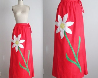 70's Floral Wrap Skirt // Vintage 1970's Red Daisy Applique Cotton Maxi Skirt S M