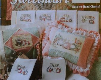 Sunbonnet Sue – Yesteryear's Sweetheart by Carol Emmer - Leisure Arts #3263– Cross Stitch Book