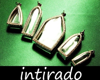 Terrarium Necklace Blanks, Reliquary, Lockets, Shadow Box Pendants, Jewelry Display, Arch, House, Gothic, Memento, BITCOIN, Intirado, 5pcs
