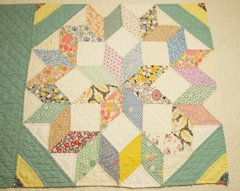 Beautiful Morning Star Feed Sack Vintage Quilt Block Piece for Pillow or to Frame - 21 x 16 Inches - Intricate Expert Quilting