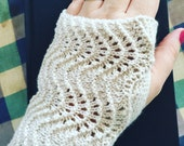 Custom fingerless gloves Feather and Fan